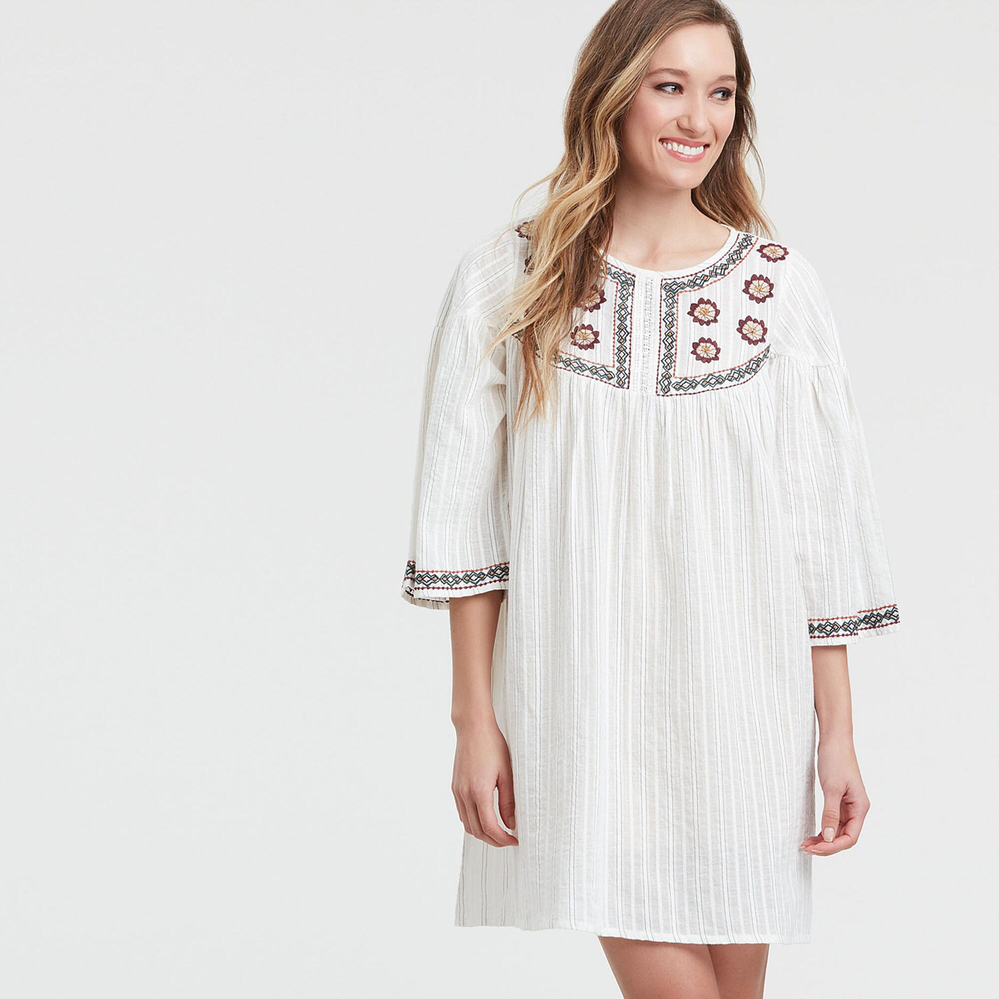70s Outfits – 70s Style Ideas for Women White Embroidered Hesperia Dress - Smmd by World Market Smmd $39.99 AT vintagedancer.com