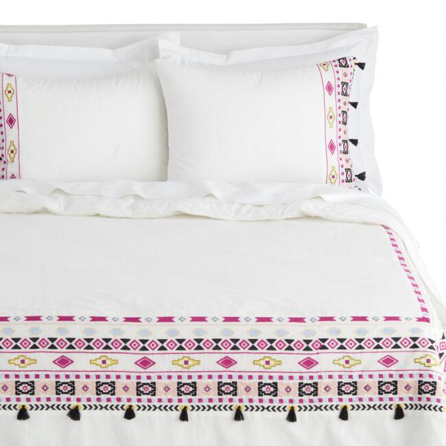 Multicolor Geo Embroidered Anisa Bedding Set