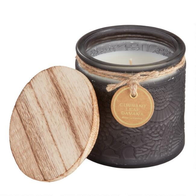 Currant Leaf Embossed Medallion Filled Jar Candle