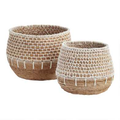 Natural Banana Leaf Harper Basket with White Macrame