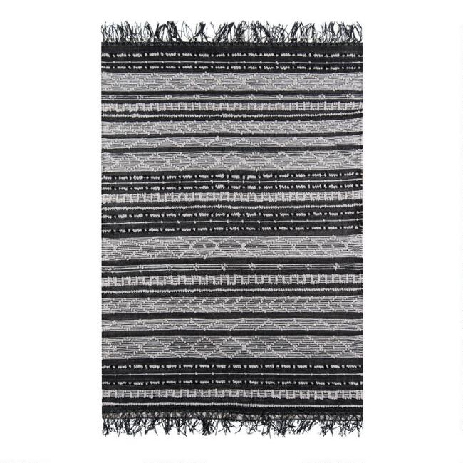 Black and White Geometric Taj Indoor Outdoor Area Rug