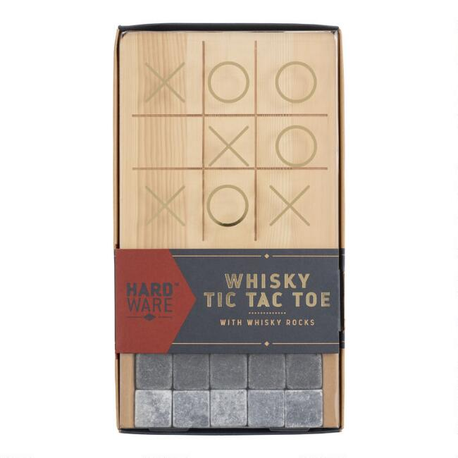 Gentlemen's Hardware Whisky Tic Tac Toe Gift Set