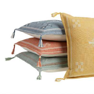 Indoor/Outdoor Throw Pillows