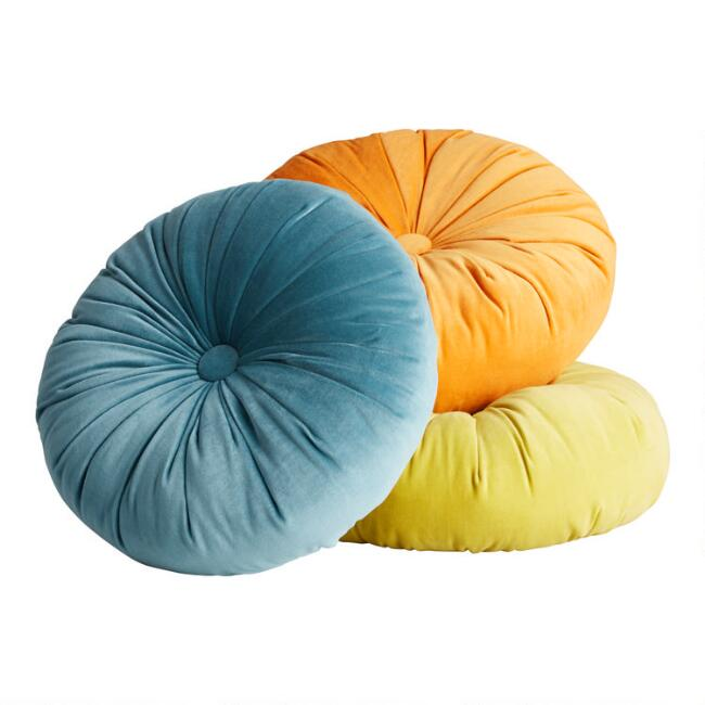 Round Tufted Velvet Throw Pillow