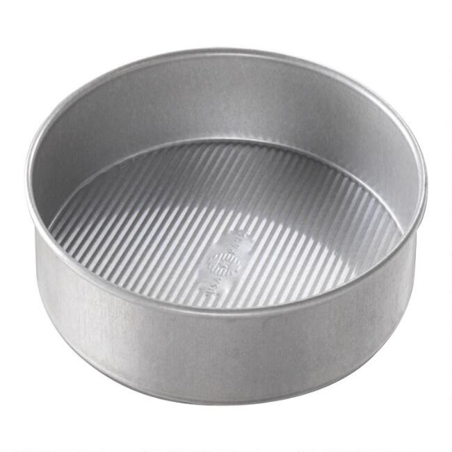 USA Pan® Round Nonstick Metal Cake Pan