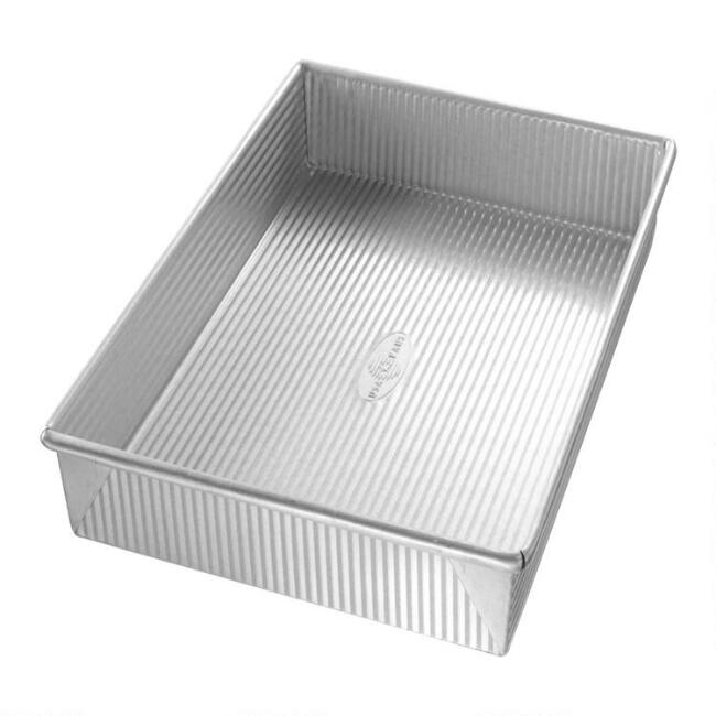 USA Pan® Rectangular Nonstick Metal Cake Pan