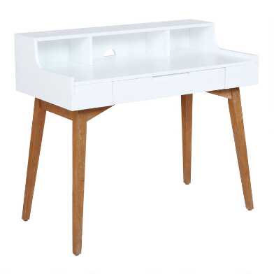 White Tatum Desk With Hutch
