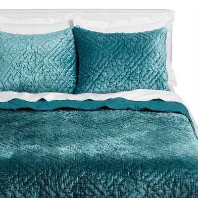 Balsam Green Velvet Luster Bedding Set