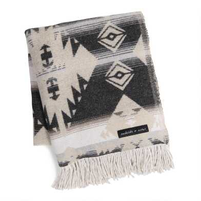 Sackcloth & Ashes Black And Cream Diamond Throw Blanket
