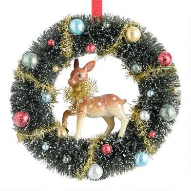 Snowy Bottlebrush Wreath with Deer