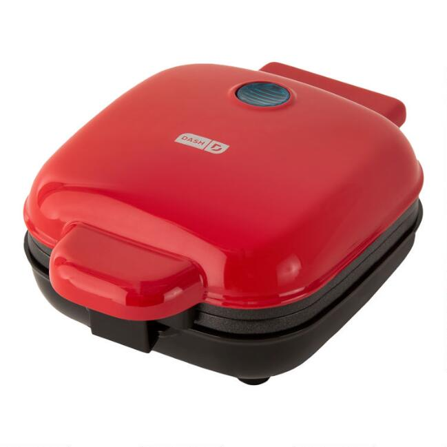Dash Red Egg Bite Maker