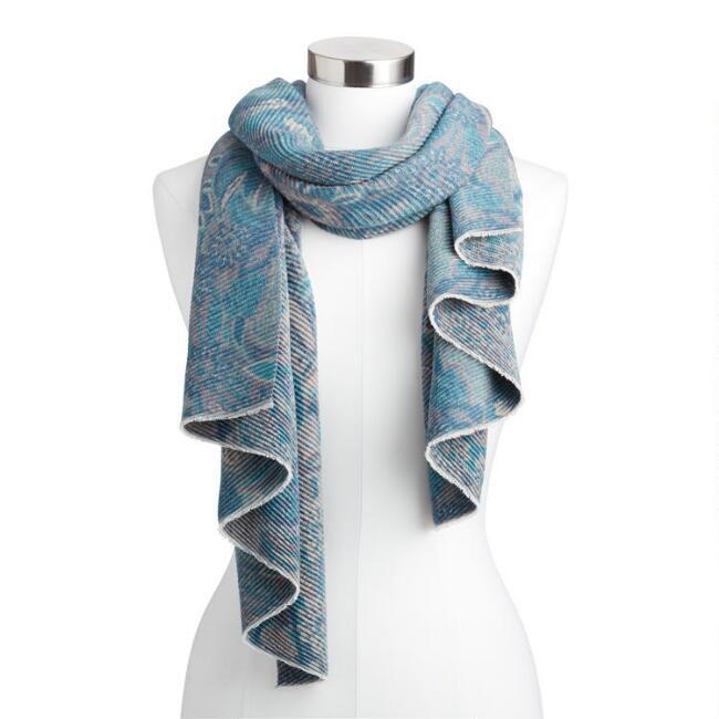 Blue and Cream Paisley Pleated Blanket Scarf